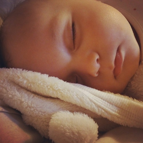 how to get your baby to sleep through the night, baby sleep tips